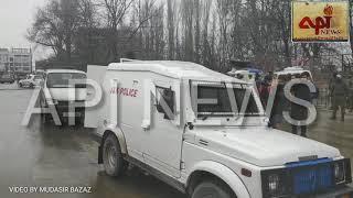 -ASI of police, two traffic cops injured in Ragbagh grenade attack  Srinagar, Jan 17 (GNS):Assi