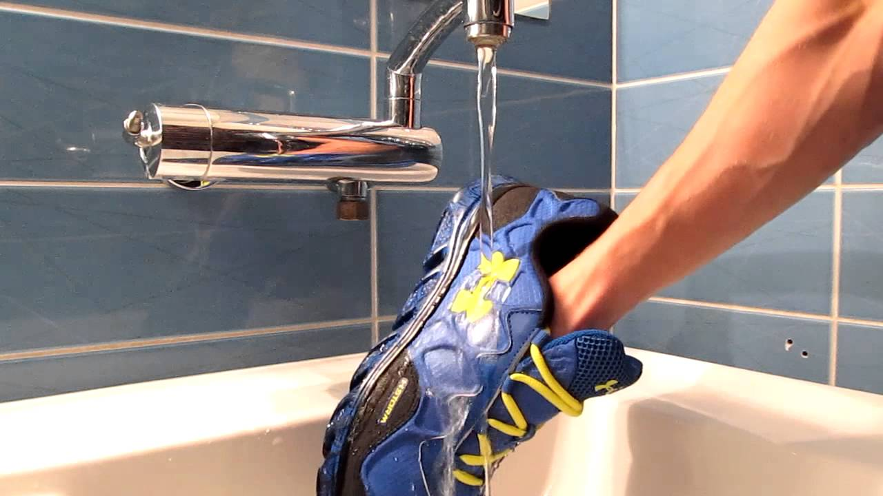 Running Shoes Water Test