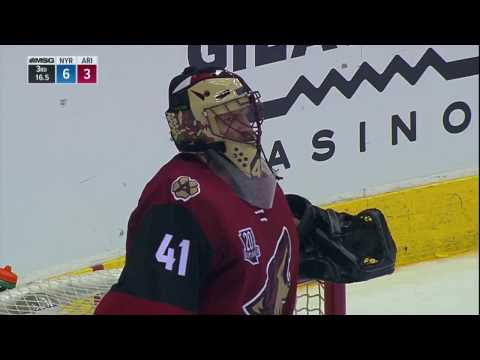 Smith takes frustration out on post after Puempel gets first NHL Hat Trick