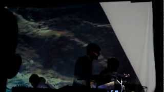 Download Video Tycho's computer falls off at The Constellation Room MP3 3GP MP4
