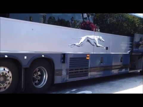 GREYHOUND PREVOST X3-45 BUS ARRIVAL with IDLE