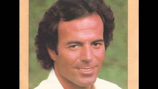 Watch Julio Iglesias Un Sentimental i Am Sentimental video