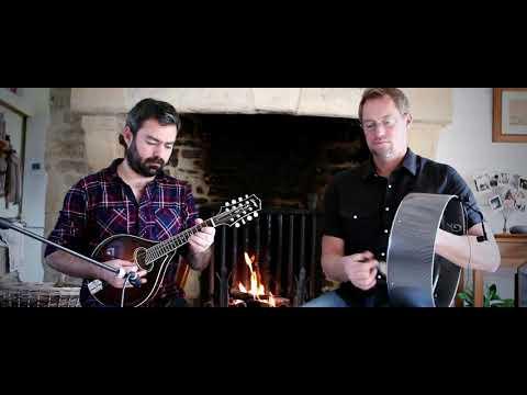 Pat Mahon's (jIg) /The Maid I Never Forgot (reel) - Bodhran & Mandolin