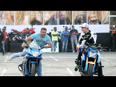 Salman Khan Rides A Bike At Suzuki Gixxer Bike Stunt Event !