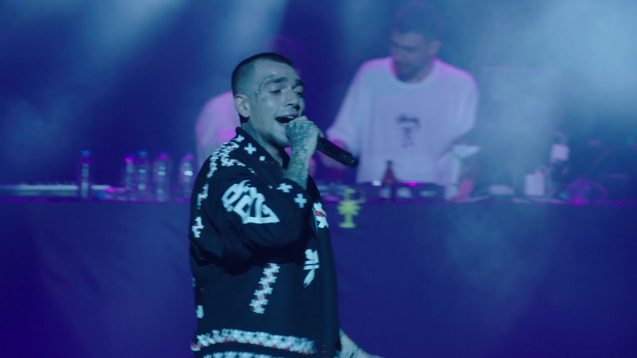 Ezhel - Olay & Kazıdık Tırnaklarla (Volkswagen Arena Live 2019)