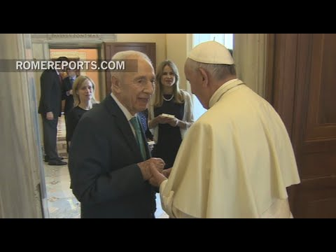 Pope Francis meets with the former president of Israel, Shimon Peres