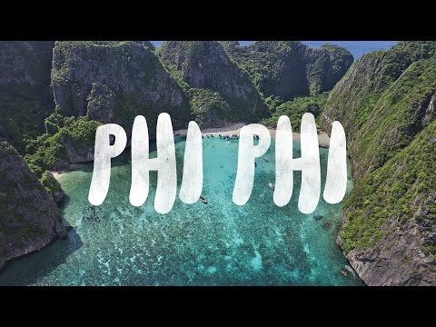 The Phi Phi islands are some of the most beautiful places in Thailand!