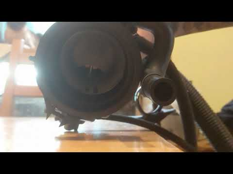 Cv carb demonstration with vacuum cleaner.