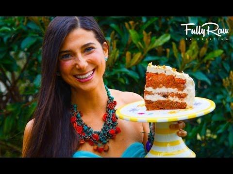 FullyRaw Carrot Cake for My Birthday!