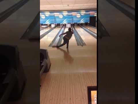 Harlie wintermyer bowling