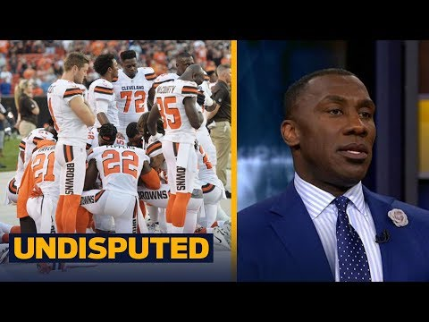 Shannon reacts to one white player kneeling with 11 others during national anthem | UNDISPUTED