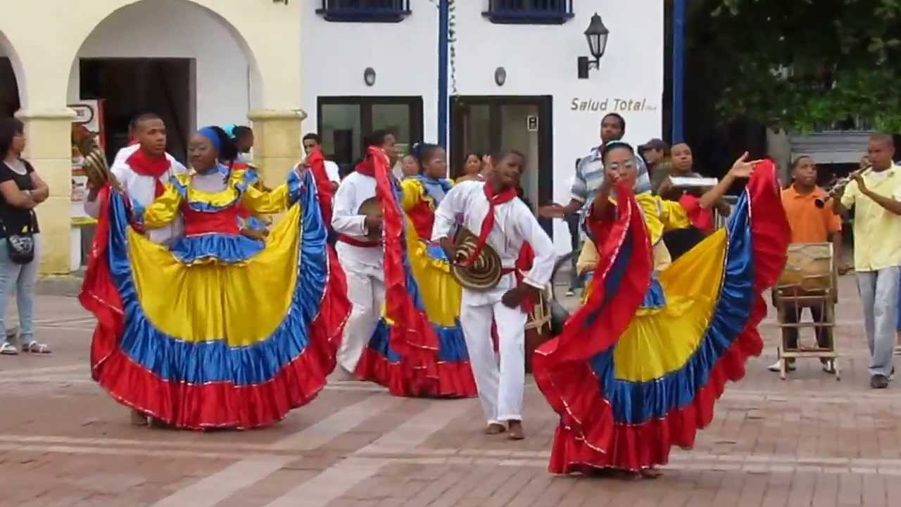 Colombian girls dancing