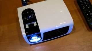 http://ProjectorMan.ru - Китайский LED-проектор Luxcine Cine C5. Обзор(Краткий видеообзор китайского светодиодного проектора для дома и дачи. Подробности на http://ProjectorMan.ru/luxcine-cine-..., 2015-06-20T14:00:00.000Z)