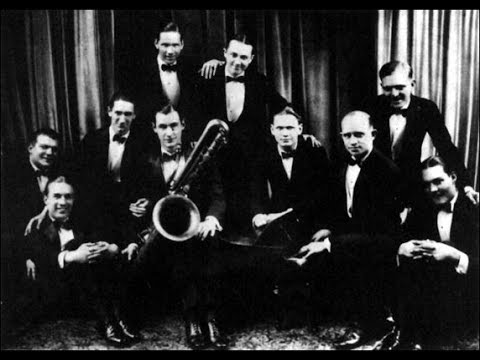 Jean Goldkette & His Orchestra   LOOK AT THE WORLD AND SMILE  1927