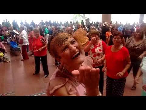 Baile en el Palacio Municipal de Monterrey. Canción desconocida.