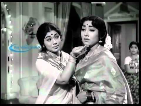Gemini Ganesan Hits - Punnagai mannan HD Song