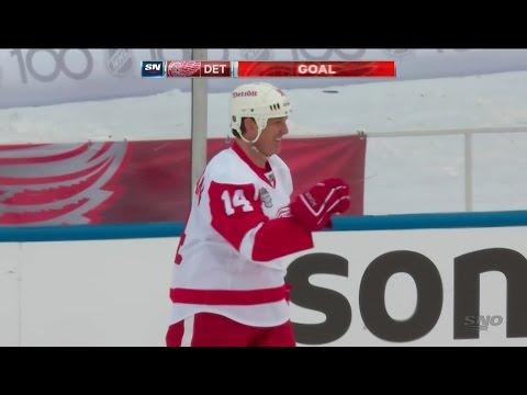 Brendan Shanahan Goal - 2016 Alumni Game