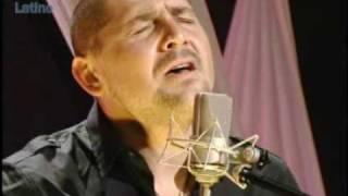 """Reyli nos canta """"Que Nos Paso"""""""