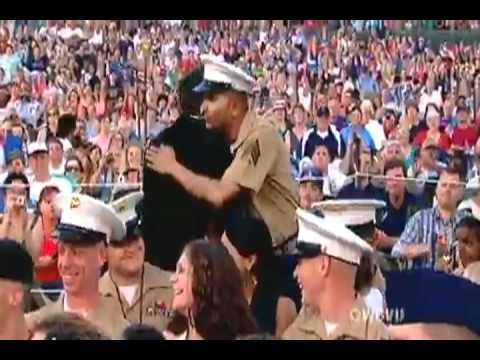 "Kris Allen Sings ""God Bless The USA"""