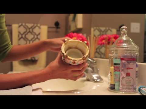 DIY How to replace murky water in water globe!