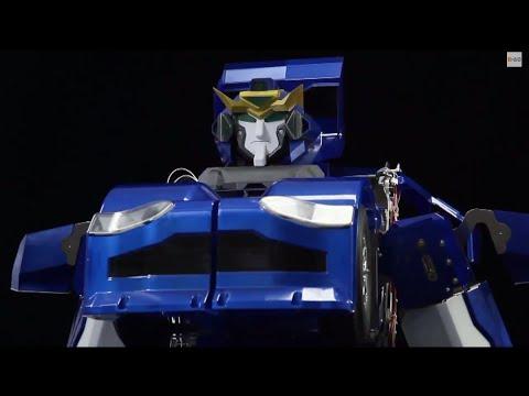 Real-Life Transformer Robot Walks, Then Folds into a Car
