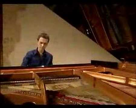 Alexandre Tharaud - CHOPIN. The Complete Valse