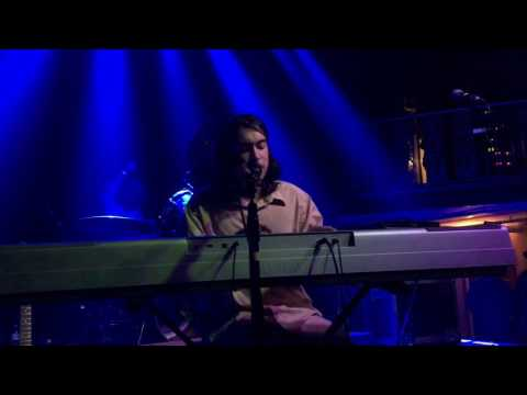 Sportstar- (Sandy) Alex G live in Atlanta