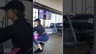 RB sumo squat jumps