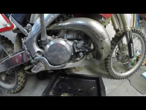 How To Change Your Oil(2 stroke dirt bike)