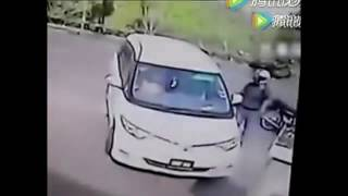 thief Bun street, a car people should pay attention to careful ah!