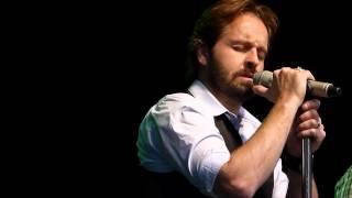 "Alfie Boe ""Crying"" Live at Gawsworth Hall 03.08.12 HD"