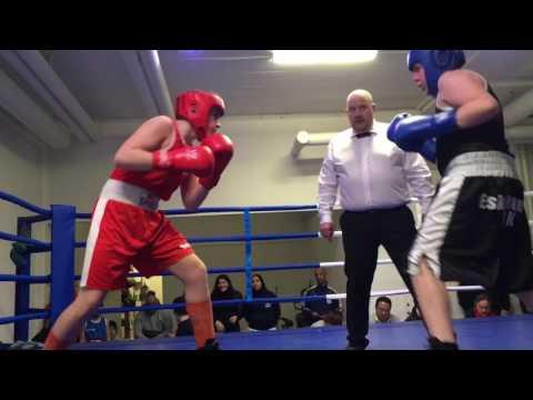 Whilliam Striger Haninge boxning  boxas i Eskilstuna