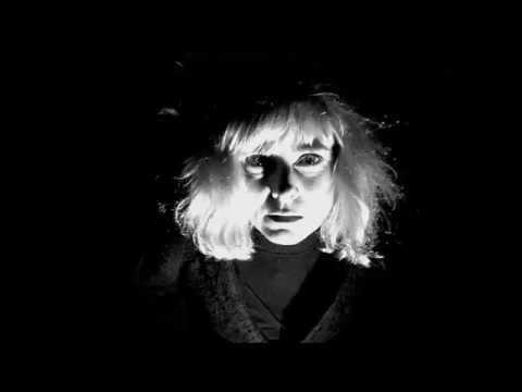 <b> Femme et Loup </b><br/>Trailer | 2014