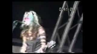 L7 - Fast And Frightening (Reading Festival)
