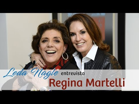Como não falar de moda com Regina Martelli?Uma mulher elegante.Uma pessoa de  moda.