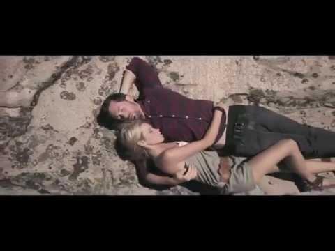 Blink-182 - Pretty Little Girl (Music Video) - Dogs Eating Dogs EP