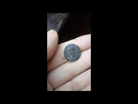 Constantine I 'The Great' - Roman Emperor: 307-337 A.D, rare coin, three vertical dots- above star