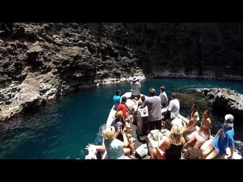 Zodiac Tour of the Na Pali Coast with Na Pali Riders