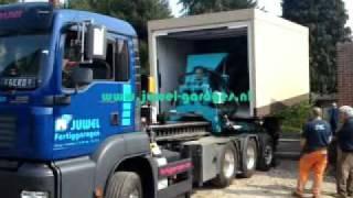 betonnen prefab garages binnen 1 uur geplaatst met unieke vrachtwagen