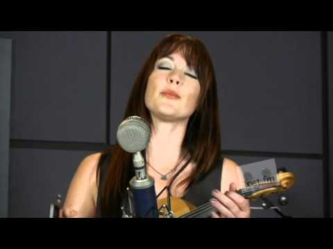 Amanda Shires - Shake the Walls  (Last.fm Sessions)