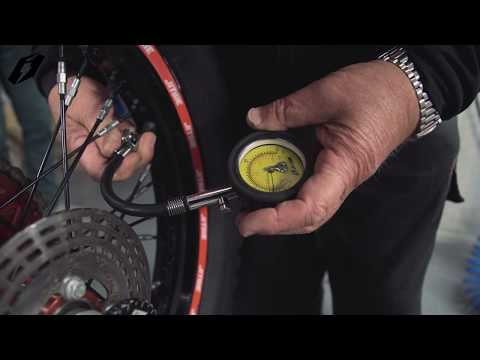 How to repair tubeless tyres with Jitsie Tyre repair kit