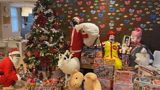 【ブラックサンタがやってきた】病気と闘う施設の子供達に巨大クリスマスツリーとおもちゃ100万円プレゼントしてみた