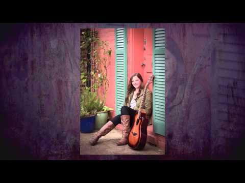 Katie's Urban Musical Senior Portraits | Old Town Alexandria | Virginia
