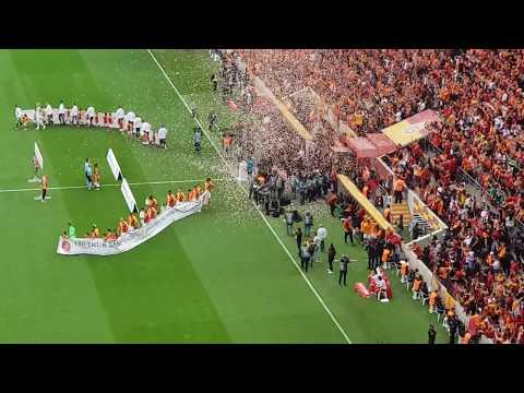 Galatasaray 2 - 0 Beşiktaş Maç önü - Kadro sayımları - Imparator Fatih Terim - Futbolcular sahada