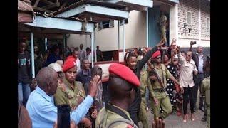 LEMA Akamatwa Na POLISI Arusha, MKEWE Asema AOMBEWE Anapelekwa SINGIDA