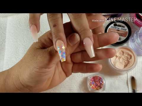 Uñas En Color Nude Diseño En Rosas 3D