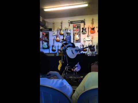 Doyle Dykes live at Total Entertainment 11/7/2015