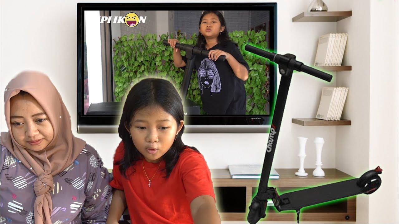 RERE PENGEN SKUTER LISTRIK MAH !! MIRIP YANG DI IKLAN TV ITU !!