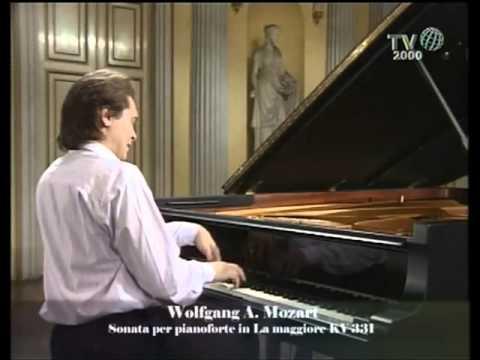 Mozart, Sonata for piano KV 331 - Ivo Pogorelich 1/2