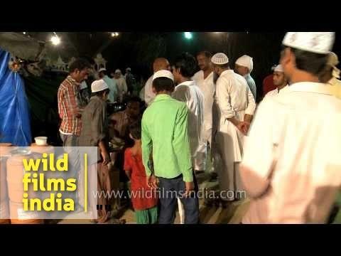 Mass gathering on the eve of Shab-e-barat - Delhi